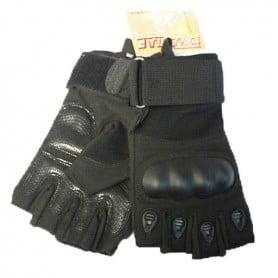 Guantes tácticos de color negro. Dedos cortados