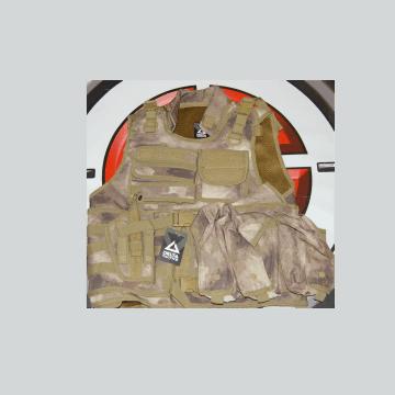 Chaleco táctico de la marca Delta Tactics. Color ATACS