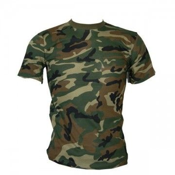 Camiseta de camuflaje Woodland.