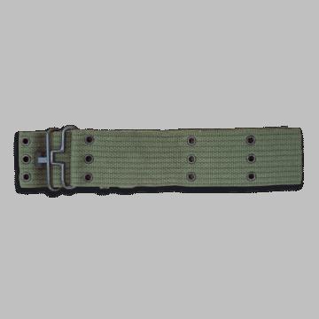 Cinturón militar con agujeros. Color verde. 130 x 5.7 cm