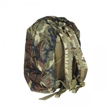 Cubre-mochila 35L de color Camo cuadrille. Impermeable