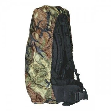 Cubremochila de color camo. Impermeable. 65L