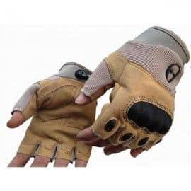 Guantes tácticos sin dedos estilo Combat Zone. Tan