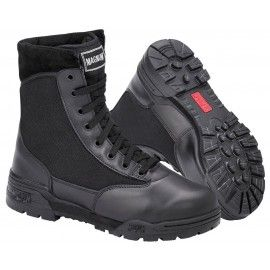 BOOTS CLASSIC BLACK of the MAGNUM brand type