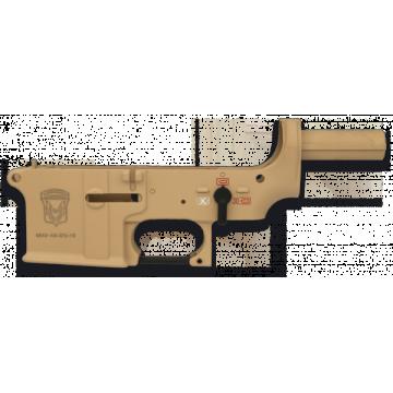 Partie inférieure du corps en ABS, armes de la marque m Golden Eagle. Couleur Coyote II.
