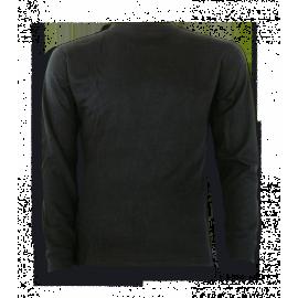 Camiseta Térmica de manga larga de color negro.