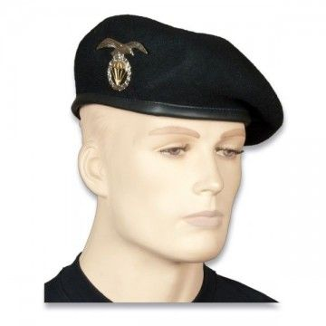 Beret of the armoured division