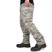Militärische Hosen