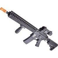 Spring airsoft rifles