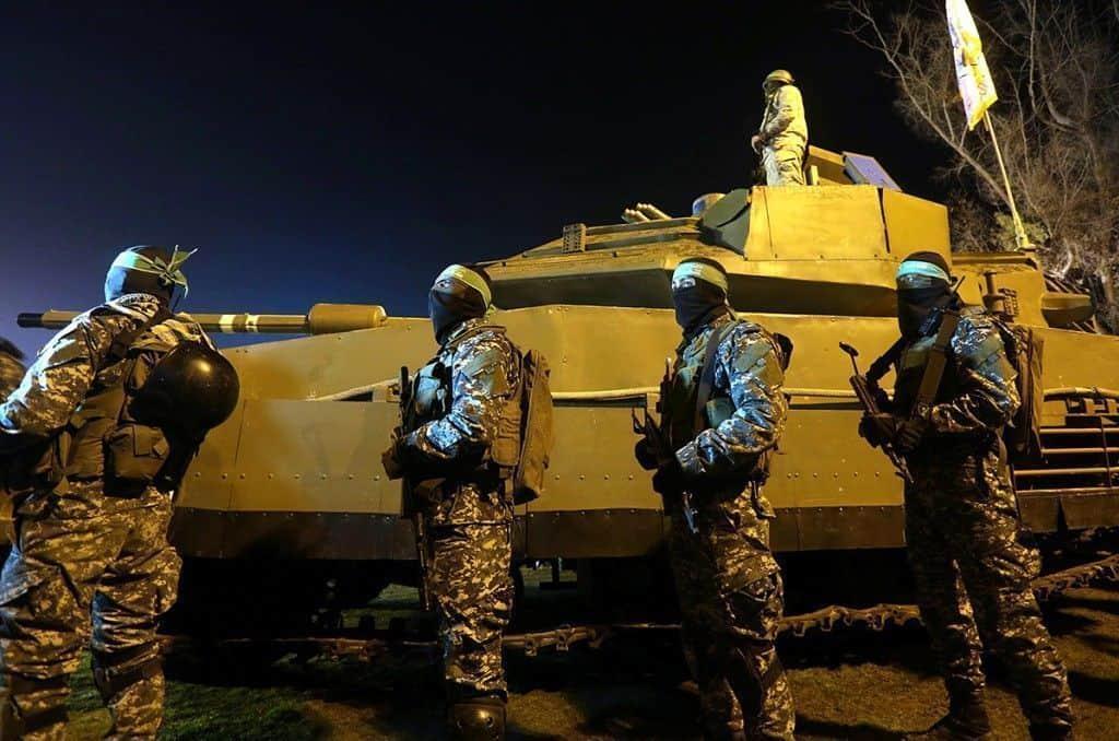 El Hamas palestino presenta un tanque ... que no es un tanque