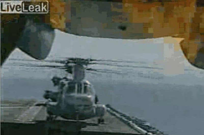 Cuando tu CH-46 Chinook empieza a arder ... contigo dentro!