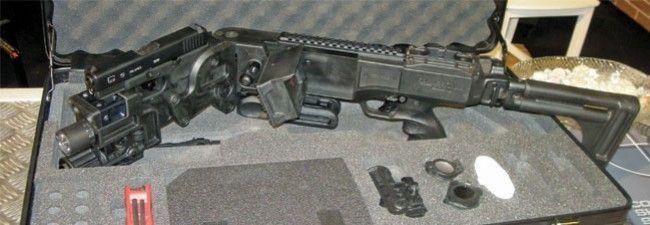 Israel desarrolla fusiles que se doblan para disparar desde esquinas.