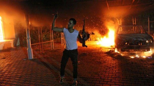 13 horas, los soldados secretos de Bengasi - La verdadera historia